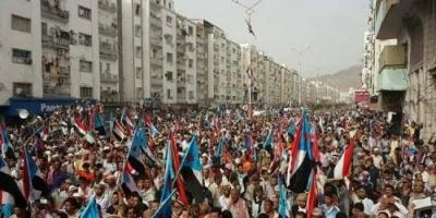 """في ذكرى فك الارتباط.. هاشتاج """"مطلبي استقلال الجنوب"""" يشعل تويتر"""