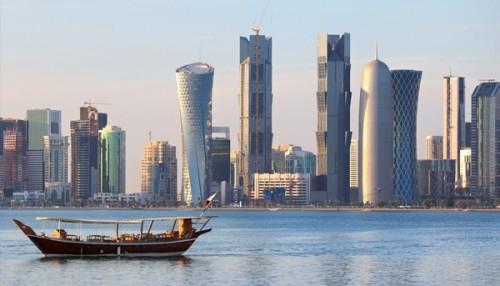 صحفي سعودي يكشف فضيحة جديدة عن قطر