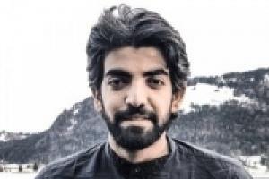 """نجل البيض يرد على تغريدة علي محسن الأحمر: """"ذا كان زمان"""""""