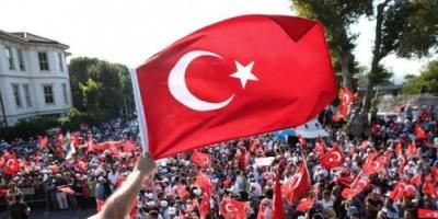 الشريف: الشعب التركي قد مل أكاذيب المحللين المدافعين عن الحكومة