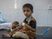 إغاثة عسكرية وأخرى دوائية.. السعودية والإمارات تقاومان الكوليرا الحوثية