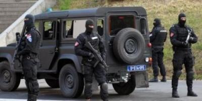 مصرع وإصابة 4 مهاجرين داخل شاحنة بضائع شمال صربيا