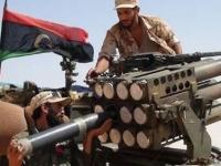 الرئيس الجزائري عقب لقائه مع السراج: قلقون إزاء الأوضاع الليبية