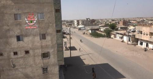 إصابة مواطن بجروح خطيرة برصاص قناص حوثي في حيس بالحديدة