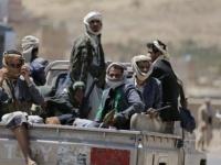 الحوثيون يهددون بنشر فيديوهات جنسية لأحد قياداتهم (خاص)