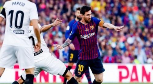 فالنسيا يصعق برشلونة ويتوج بكأس ملك إسبانيا