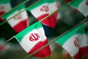 السلطات الإيرانية تعتقل عشرات الأشخاص لممارستهم اليوغا
