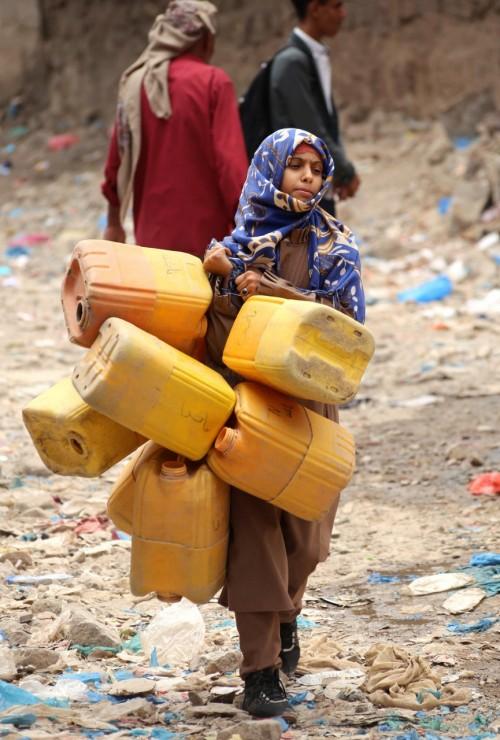 حصار الإخوان والحوثي لتعز يفجر أزمة إنسانية طاحنة
