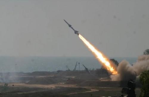 صحفي: أين الأمم المتحدة من صواريخ الحوثي على الضالع؟