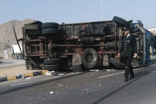 مقتل 9 شرطيين بينهم ضابطان في حادث سير بمصر