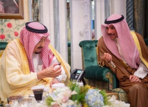 إفطار العاهل السعودي مع ولي عهد دبي بمكة المكرمة (فيديو)