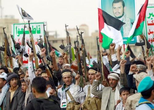 صحيفة سعودية: الاستعداد العسكري لردع العدوان الإيراني أصبح ضرورة