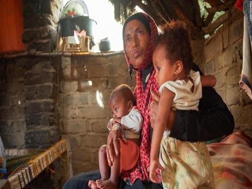 سرقة المساعدات.. تنعش خزينة الحوثي وتقتل الفقراء جوعًا