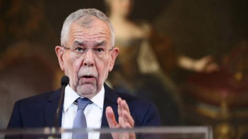 الرئيس النمساوي يعتزم إقالة مستشار البلاد وحكومته لهذا السبب