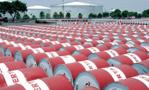 سعر برميل النفط يتجاوز الـ70 دولارًا مدعومًا بتخفيضات أوبك