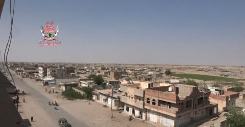 قصف حوثي عنيف على مواقع العمالقة في حيس بالحديدة