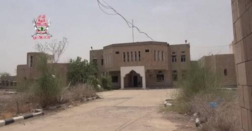 قصف حوثي عنيف على مواقع العمالقة في التحيتا بالحديدة