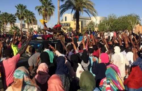 تفاصيل مقتل حامل وجنينها باعتصامات الخرطوم