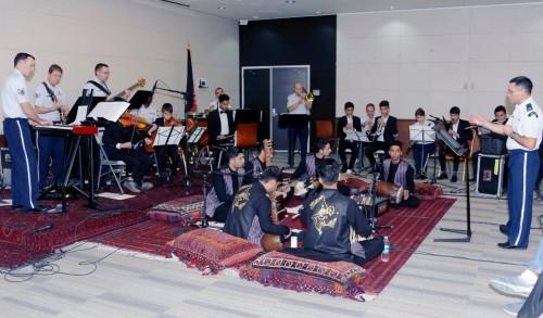 السفارة الأمريكية تشيد بعلاقات بلادها بأفغانستان