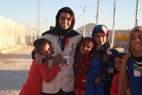 """""""هلال الإمارات"""" في اليمن.. يسد الرمق ويروي الظمأ ويبني العلم ويداوي الجروح"""
