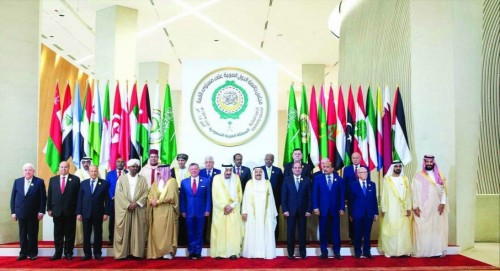 ضعف الشرعية يقف عائقا أمام الرغبة العربية في مواجهة الحوثيين