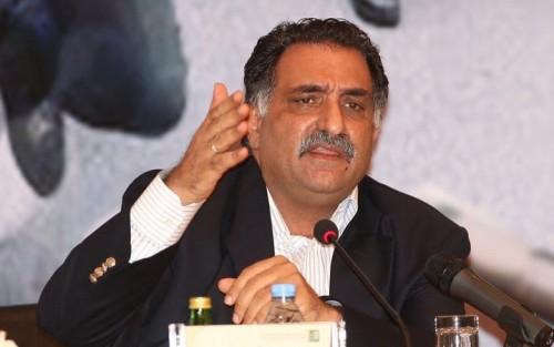 برلماني مصري لـ عزمي بشارة: اخجل من نفسك!