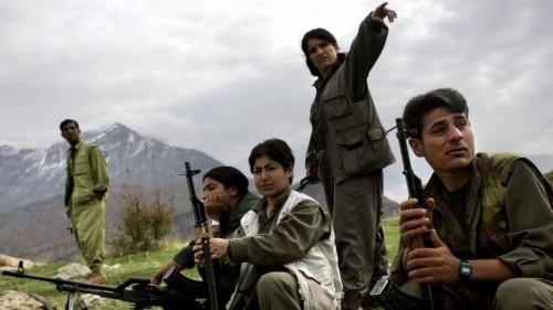 مقتل جنديين تركيين وإصابة آخرين إثر اشتباكات مع مسلحين شرق البلاد
