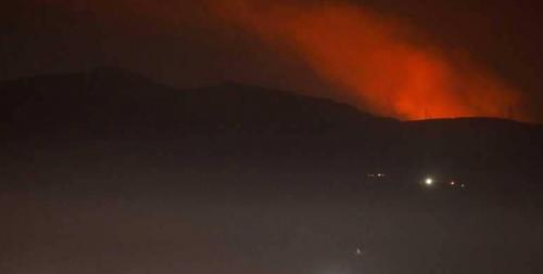 انفجارات ضخمة قرب دمشق بعد إطلاق صاروخين إسرائيليين باتجاه الجولان