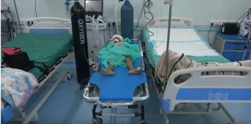 إصابة طفلة برصاصة قناص حوثي في التحيتا بالحديدة (فيديو)