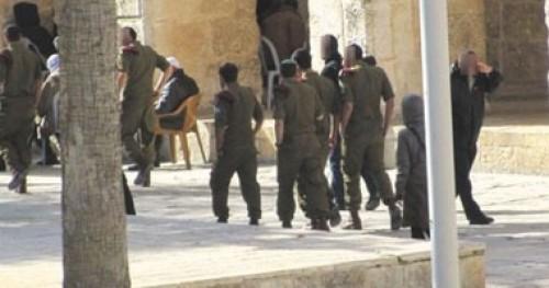 الأوقاف الفلسطينية تدين انتهاك قوات الاحتلال للمسجد الأقصى