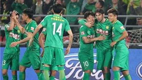 بكين جوان يعود للانتصارات ويحتفظ بصدارة الدوري الصيني