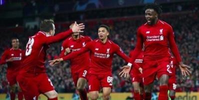 لاعبو ليفربول يحتفلون بدوري الأبطال وسط مشجعيهم