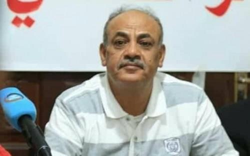 رئيس انتقالي حضرموت يطالب السلطة المحلية بالبحث عن بدائل لضمان استمرار الخدمات