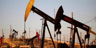 أسعار النفط تنخفض بنسبة 1% لتسجل هذا الرقم