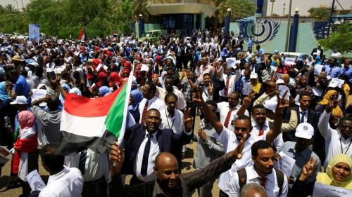 عاجل..لجنة أطباء السودان: ارتفاع عدد القتلى في أحداث فض الاعتصام أمس إلى 35 شخصا