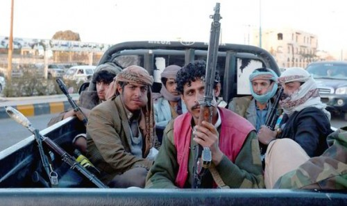 مليشيا الحوثي تقتحم مسجداً وتعتقل بعض المواطنين لتأديتهم صلاة العيد بصنعاء
