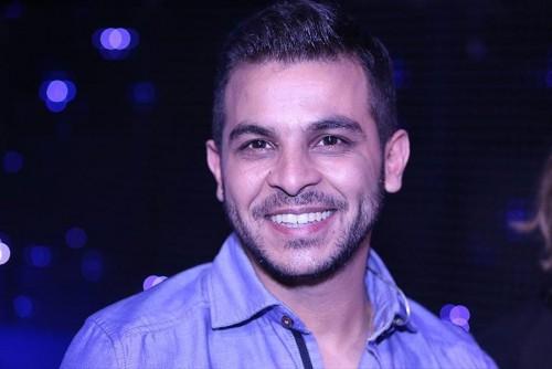 محمد رشاد يوجه هذه الرسالة لوالدته