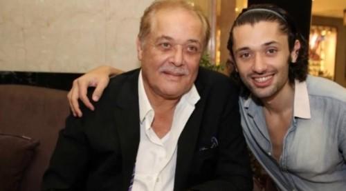 كريم محمود عبدالعزيز يوجه رسالة لوالده النجم الراحل في عيد ميلاده