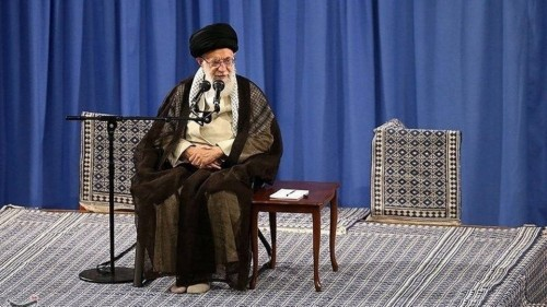 سياسي: خامنئي يُحاول استغباء الشعب الإيراني