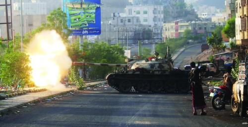 تطورات عسكرية.. الخناقُ يضيق على الحوثيين في جبهات مختلفة