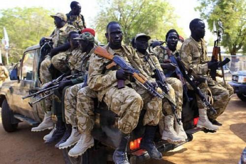 الجيش السوداني يطالب المدنيين بالابتعاد عن المؤسسات العسكرية