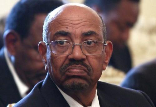 عاجل..إحباط محاولة لتهريب الرئيس السوداني المخلوع