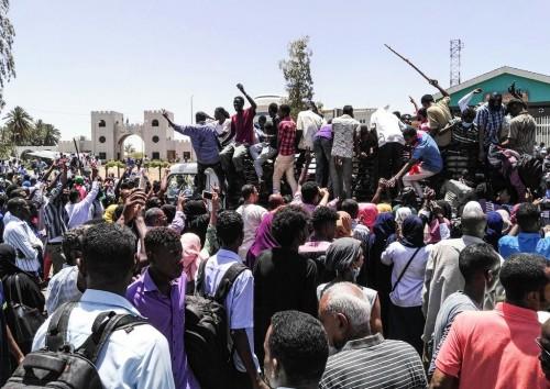 الإمارات تصدر بيانًا حول تطورات الأحداث في السودان