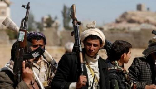 مليشيات الحوثي تصادر أموال محلات الصرافة في صنعاء