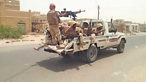 صحيفة إماراتية: الحزام الأمني يواصل تطهير أبين من إرهاب القاعدة