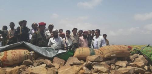 رئيس انتقالي لحج يتفقد القوات المرابطة في جبل قرين بالمسيمير
