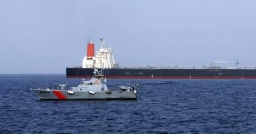تحقيقات حادث الفجيرة الأولية: غواصين استخدموا زوارق سريعة للاقتراب من السفن