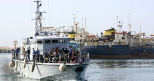 باكستان: انتشال 3 جثامين وإنقاذ 35 شخصا في انقلاب قارب سياحي