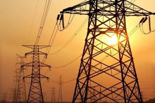 مناقشة أوضاع الكهرباء بحضرموت