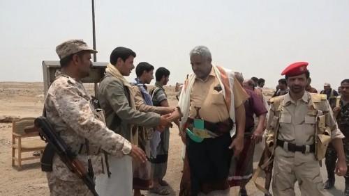 مليشيا الحوثي تفضح مسرحية انسحابها من الحديدة بتلك الطريقة (صور)